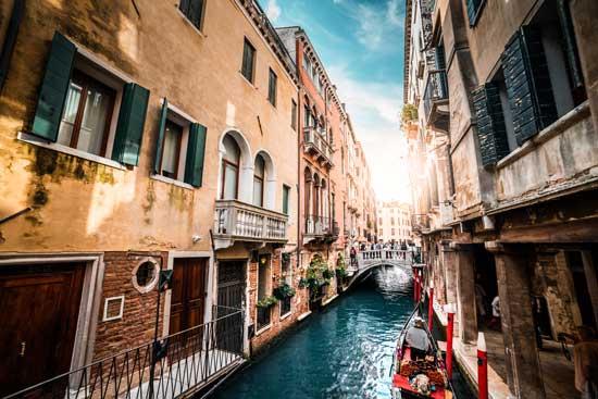 Бесплатные фотостоки - пример фото канала в Венеции с фотостока Picjumbo